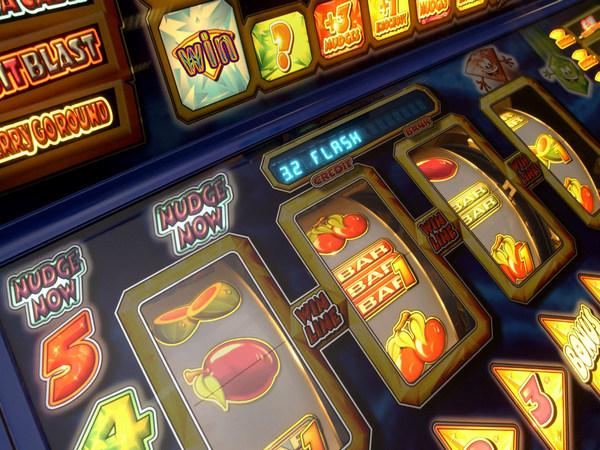 Популярные игровые автоматы для мобильных телефонов