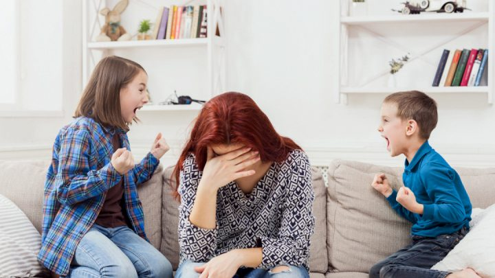 Как вести себя с родителями и сложными детьми на площадке?